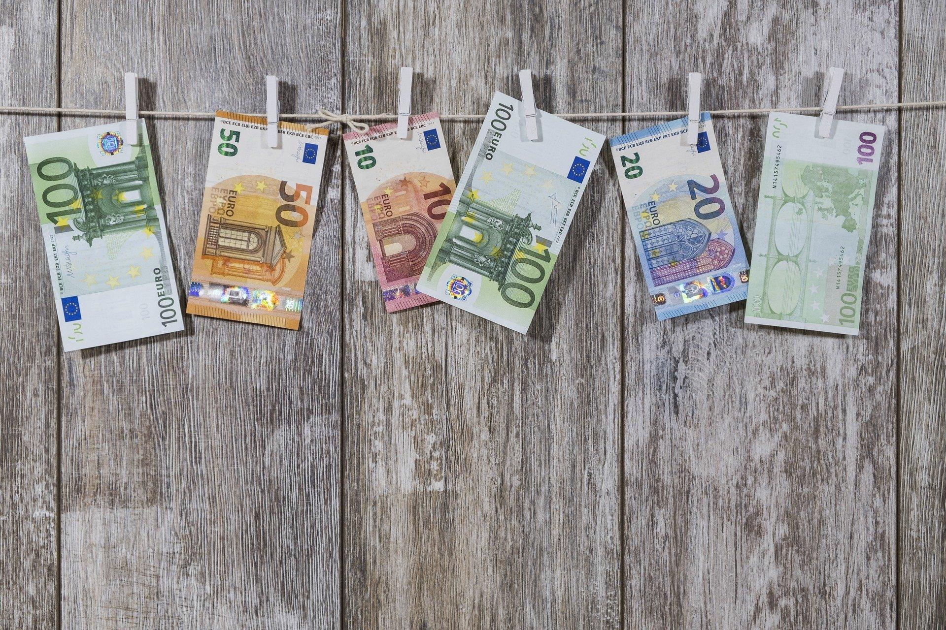importance_paiement_especes_euros